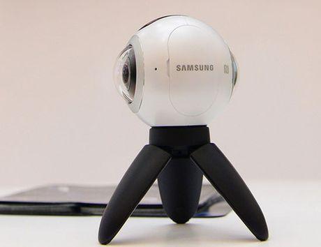 'Do choi' sanh dieu Samsung Gear 360 gia 6,99 trieu dong - Anh 2