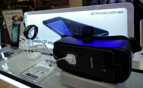 'Do choi' sanh dieu Samsung Gear 360 gia 6,99 trieu dong - Anh 4