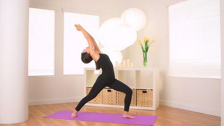 Bo truong Giao duc Anh: Nen dua yoga vao chuong trinh hoc - Anh 1
