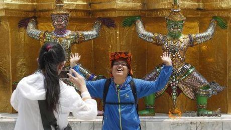 Thai Lan e khach Trung Quoc vi manh tay voi tour du lich '0 dong' - Anh 1