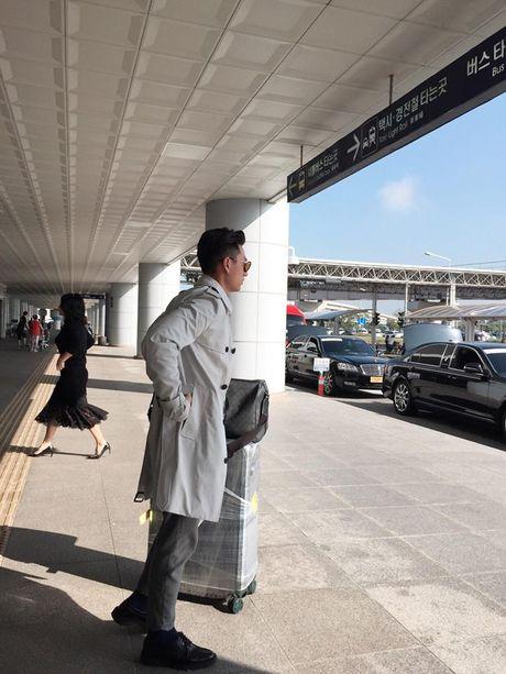Isaac lich lam giua tham do lien hoan phim Busan - Anh 1