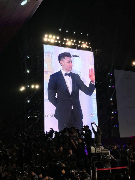 Isaac lich lam giua tham do lien hoan phim Busan - Anh 3