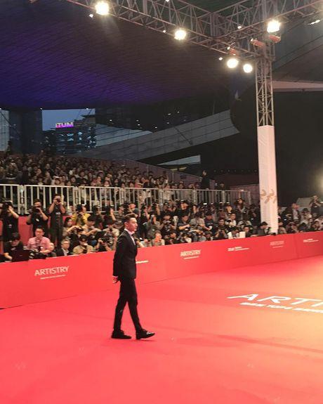 Isaac lich lam giua tham do lien hoan phim Busan - Anh 6