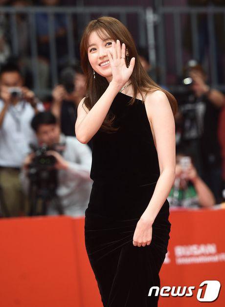Isaac lich lam giua tham do lien hoan phim Busan - Anh 9