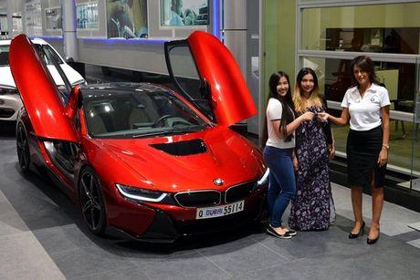 BMW i8 doc nhat vo nhi cua cong chua Abu Dhabi - Anh 1