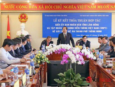 Bo truong Truong Minh Tuan: Da Lat se som tro thanh Thanh pho thong minh - Anh 2