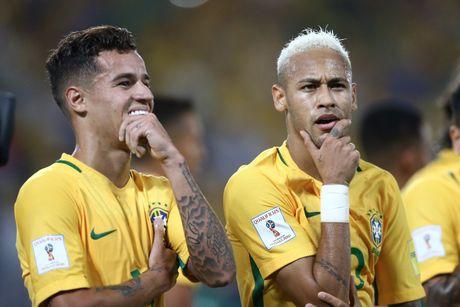 Neymar toa sang va do mau o chien thang 5-0 cua Brazil - Anh 1