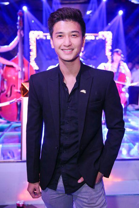 Dan sao Viet mac don gian toi chuc mung Nguyen Hong Thuan - Anh 7