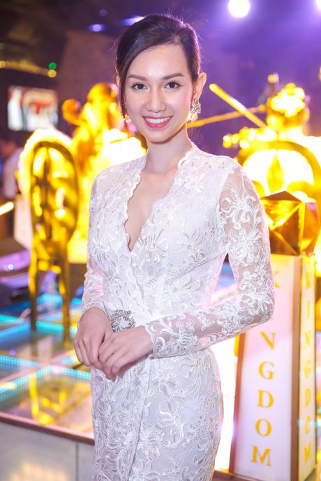 Dan sao Viet mac don gian toi chuc mung Nguyen Hong Thuan - Anh 9