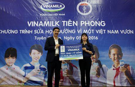 Vinamilk dong hanh voi chuong trinh Sua hoc duong - Anh 3