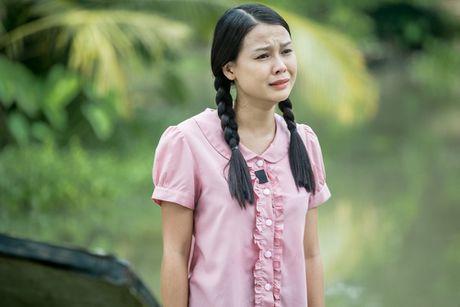 Hot girl Sam vat va dien canh te song trong phim moi - Anh 3