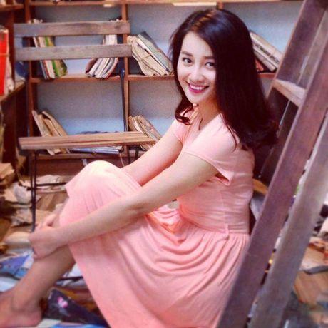 Phan ung cua MC Quynh Chi VTV khi 'dung' tinh cu cua nguoi yeu - Anh 3