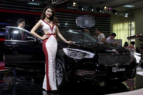 Chan dai khoe dang, sieu xe do sang chanh - Anh 11