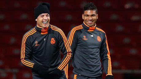 O Real, Casemiro quan trong hon Ronaldo - Anh 1
