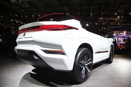 'Soi truoc' Mitsubishi Outlander 2018 qua GT-PHEV Concept - Anh 4