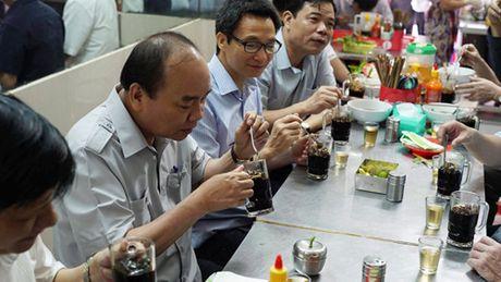 Thu tuong dung pho, uong ca phe sang o TP HCM - Anh 3