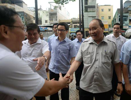 Thu tuong dung pho, uong ca phe sang o TP HCM - Anh 4