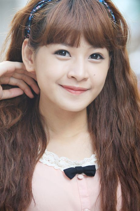 Chi Pu: Tu hotgirl 'keo ngot' den my nhan showbiz - Anh 1