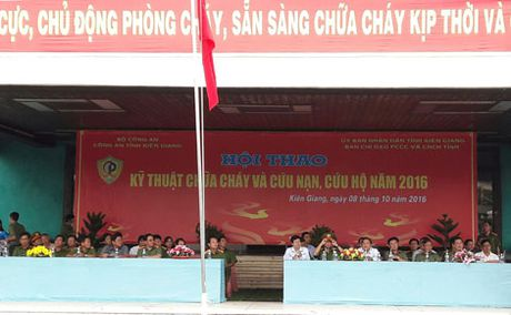 Hoi thao chua chay va cuu nan cuu ho tai Kien Giang - Anh 2