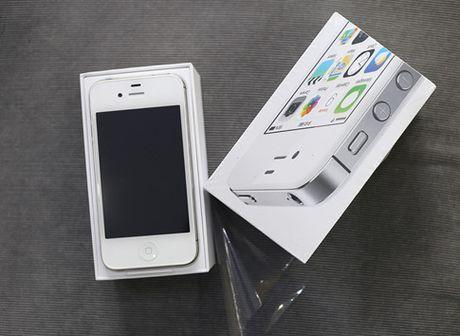 iPhone 4S chua dap hop bat ngo tran ve Viet Nam gia cuc soc, chi hon 3 trieu dong/chiec - Anh 1