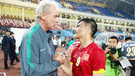 HLV Riedl: 'Viet Nam la ung vien vo dich AFF Cup 2016' - Anh 1