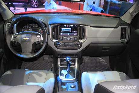 Chevrolet Colorado 2017 chot gia tu 619 trieu dong - Anh 3