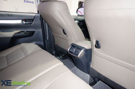 Can canh Toyota Hilux 2016 moi, nang cap dong co va hop so - Anh 12