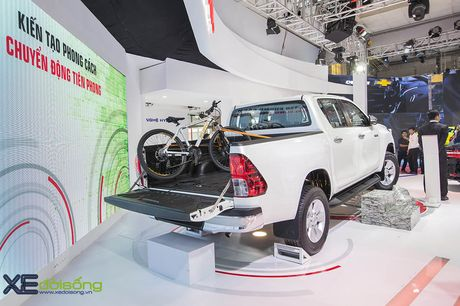 Can canh Toyota Hilux 2016 moi, nang cap dong co va hop so - Anh 4