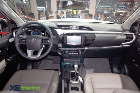 Can canh Toyota Hilux 2016 moi, nang cap dong co va hop so - Anh 7