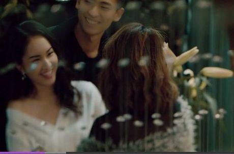 Ve dep 'dam say' cua co nang co khuon mat giong Van Hugo trong MV moi cua Rocker Nguyen - Anh 4