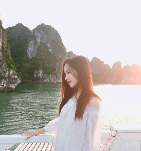 Ve dep 'dam say' cua co nang co khuon mat giong Van Hugo trong MV moi cua Rocker Nguyen - Anh 8