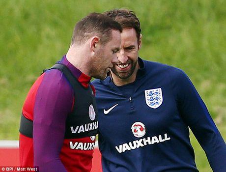 DT Anh gap doi thu 'ga', Rooney va Walcott se da chinh - Anh 2