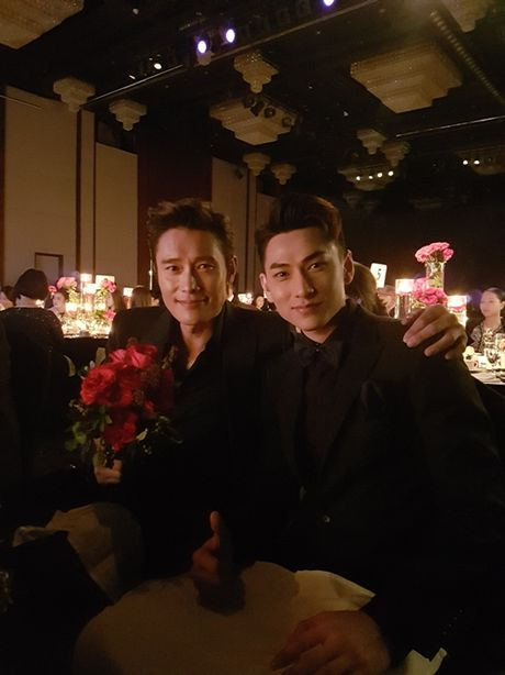 Isaac vinh du nhan giai Ngoi sao moi tai tai LHP Busan - Anh 3