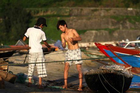 Dung chan o lang chai Lang Co, ve dep huyen ao - Anh 4