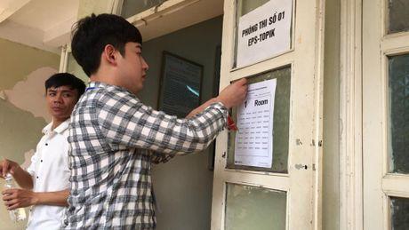 Rong ran xep hang cho thi tieng Han - Anh 7