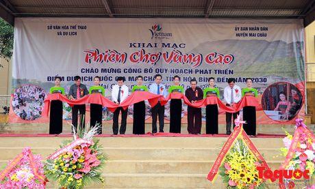 Hoa Binh cong bo Quy hoach diem du lich quoc gia Mai Chau - Anh 2