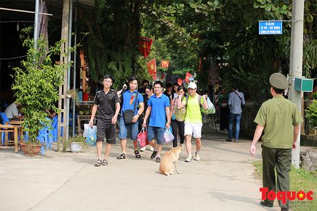 Hoa Binh cong bo Quy hoach diem du lich quoc gia Mai Chau - Anh 6