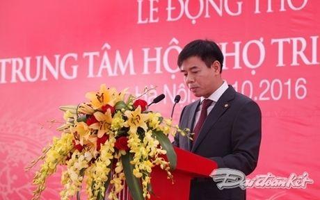 Dong tho Trung tam hoi cho trien lam lon nhat chau A - Anh 2