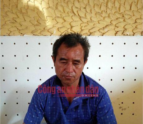 No sung bat ong trum buon ban gan 1.400 banh heroin - Anh 1