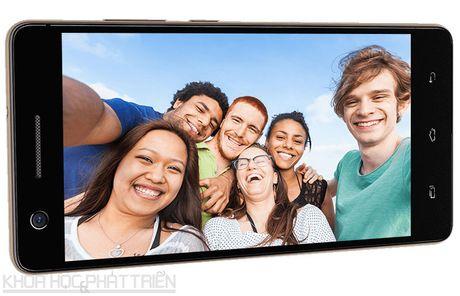 Can canh smartphone selfie vua len ke voi gia 3,29 trieu dong - Anh 18