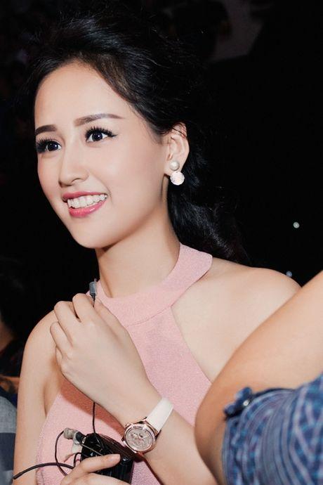 Roi showbiz, Mai Phuong Thuy so huu bo dong ho tien ti - Anh 2