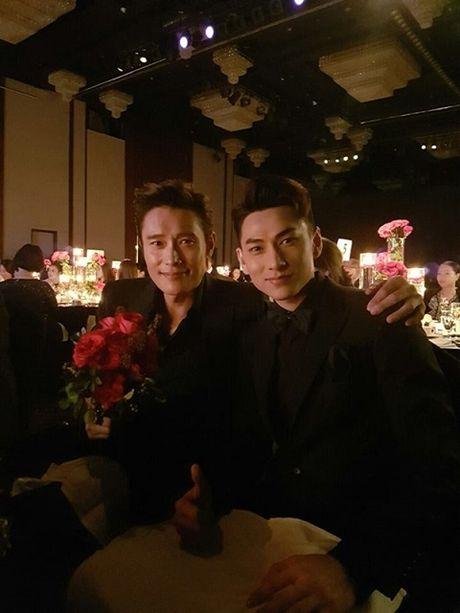 Isaac duoc vinh danh 'Ngoi sao moi' tai LHP Busan - Anh 2