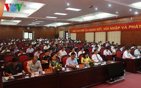 Ong Le Huy Nghia lam Chu tich Hoi Nha bao tinh Son La khoa VI - Anh 2