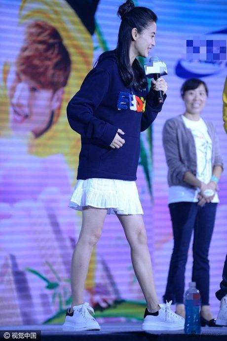 Angelababy gay to mo vi 'bung bau' to nho that thuong - Anh 9