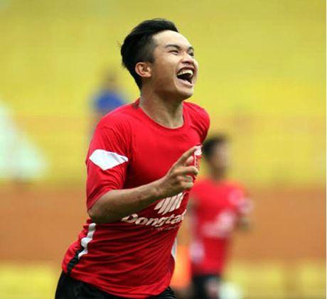 Vong bang giai U21: Long An co chien thang thu 3 lien tiep - Anh 1