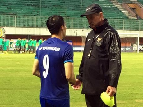Le Cong Vinh va ky uc voi 'nguoi thay dau tien' Alfred Riedl - Anh 1