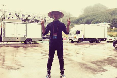 Slim V ghi diem khi trinh dien tai Asia Song Festival 2016 - Anh 1