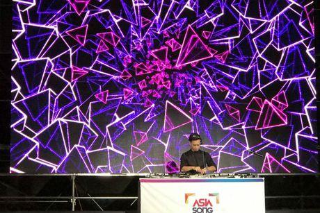 Slim V ghi diem khi trinh dien tai Asia Song Festival 2016 - Anh 7
