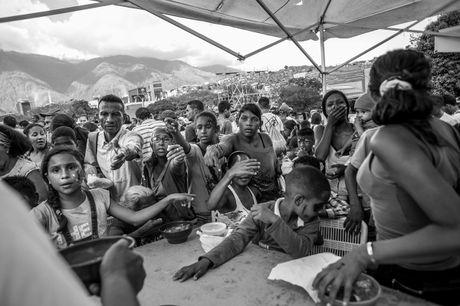 Xot xa canh ngo ngheo doi cua nguoi dan Venezuela - Anh 12