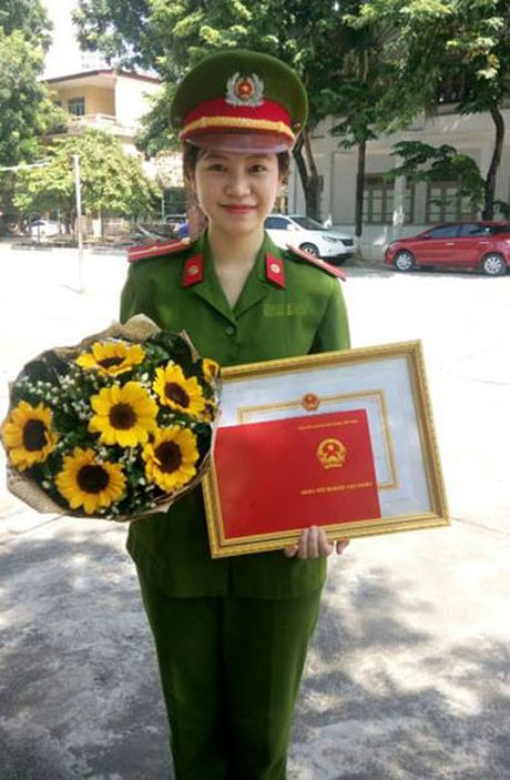Nu sinh 'kep co 3 thanh nien' la thu khoa truong Canh sat - Anh 3